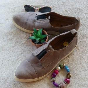 Biala Grey Italian Leather Loafers